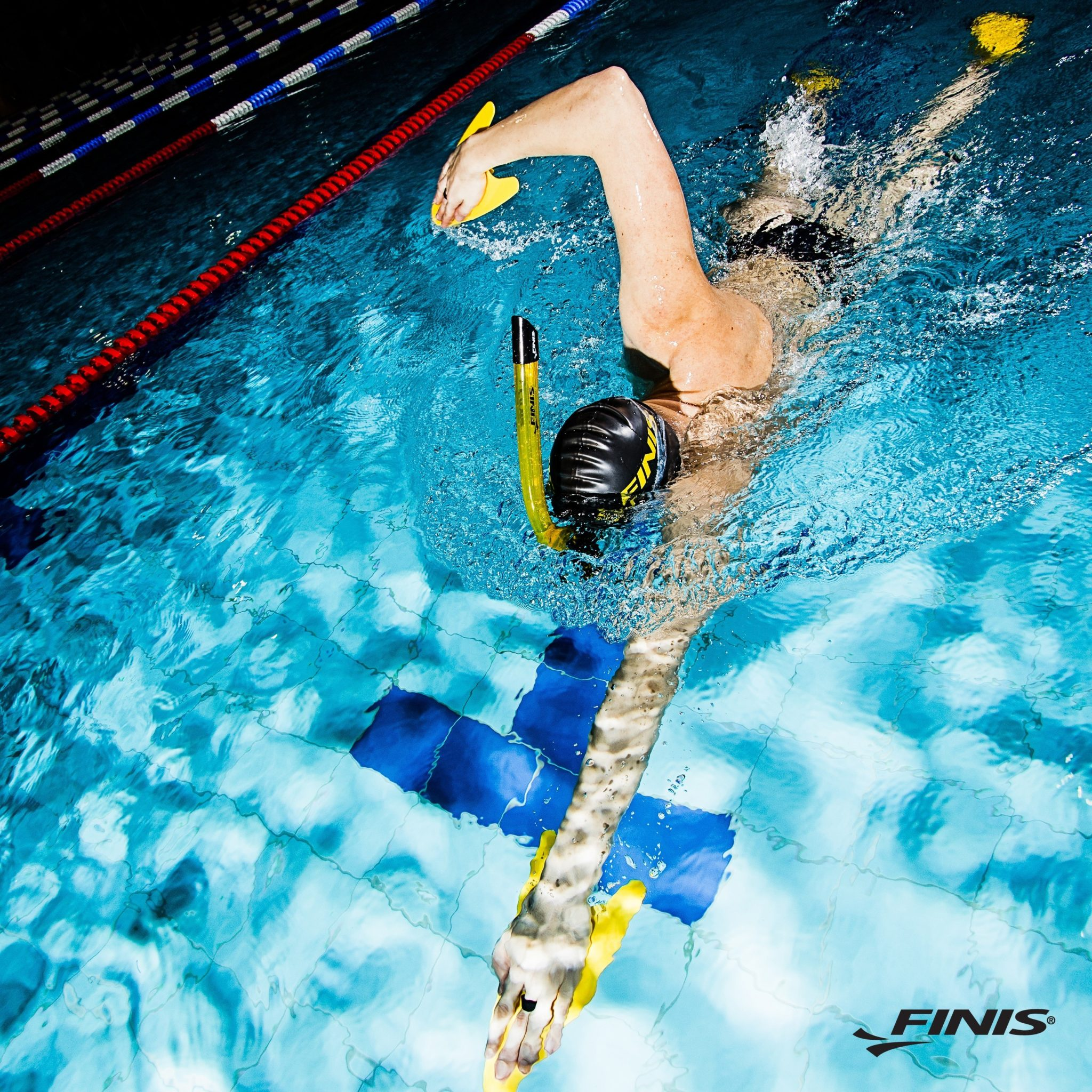 How to Choose Swimming Hand Paddles