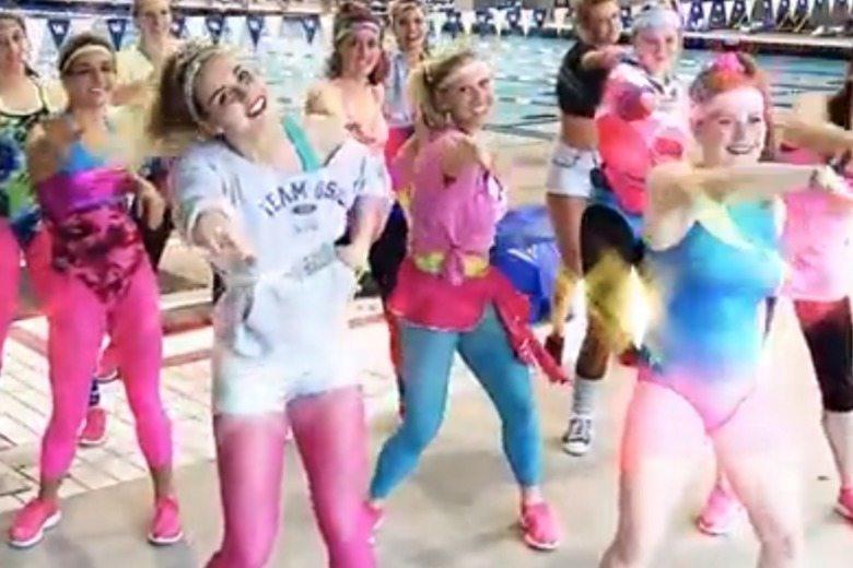 Kentucky Wildcats Women's Swimming Dancing Queen Video