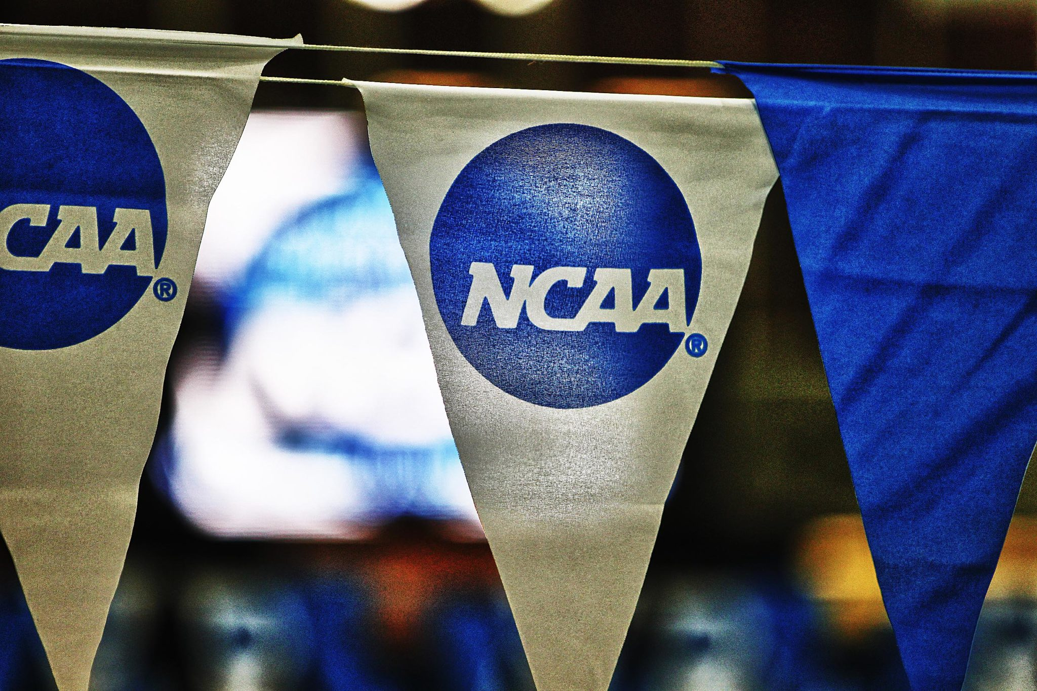 What Types Of College Swimming Scholarships Are Available