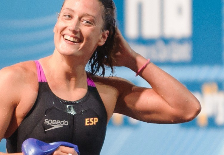 Mireia Belmonte Garcia Blasts New World Record in 800 SCM Free, First Woman Under 8:00 Barrier