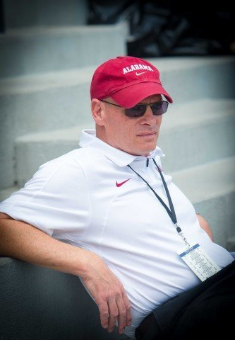 Coaching legend Denny Pursley oversees the speed of the Crimson Tide.  (photo: Mike Lewis, Ola Vista Photography)