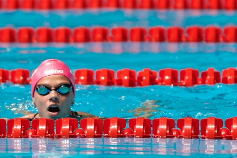 Efimova Speeds Through 200 Breaststroke on Day 2 of SCS March Senior Invite