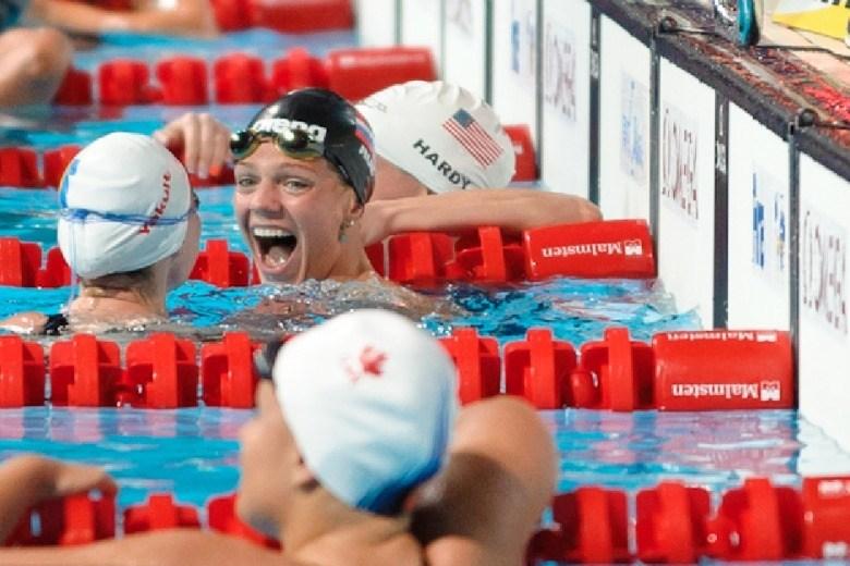 Efimova Takes Down Soni's 200 Breaststroke World Record