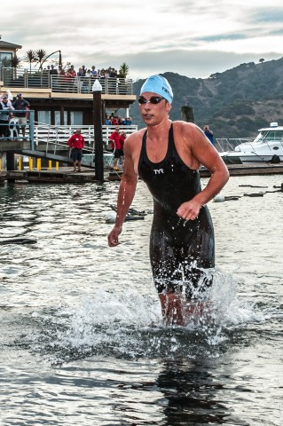 Ashley Twichell, 1st woman out of the water at the 2013 RCP Tiburon Mile (Photo Credit: Ian Thurston, Ianthurstonphotography.com)