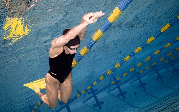 Breaststroke Efficiency and the Foil Monofin