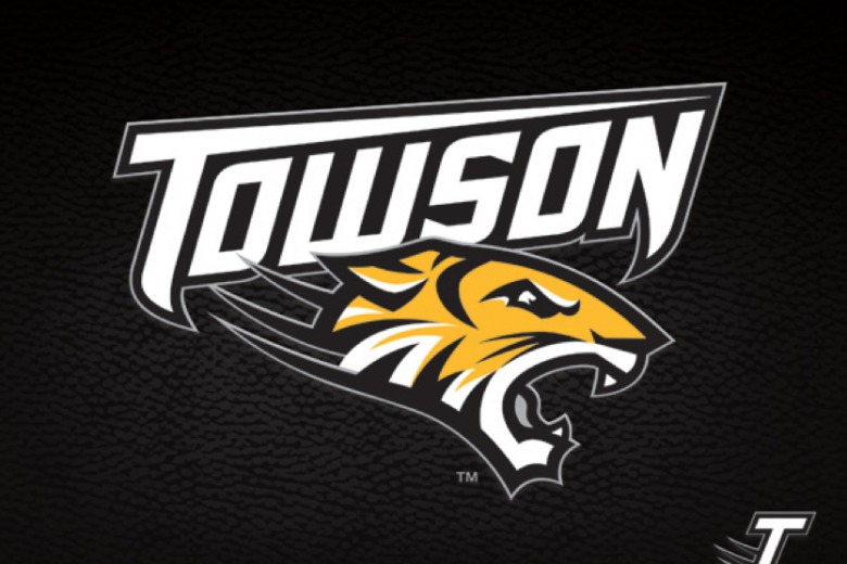 Towson Swimming wins 9th dual meet