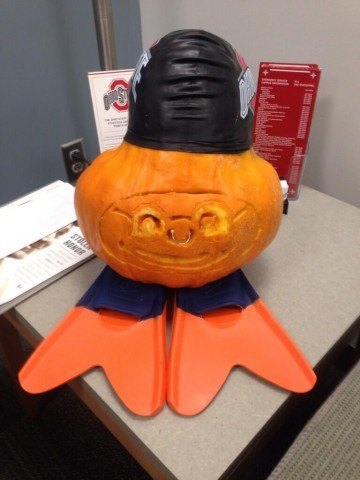 via Swim Coach Dave Rollins @Coach_Rollins 31 Oct @swimswamnews check out our Swimming Brutus pumpkin!