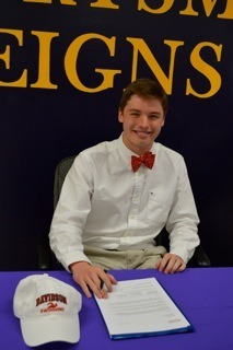 Riley League Signs National Letter of Intent to Swim for Davidson