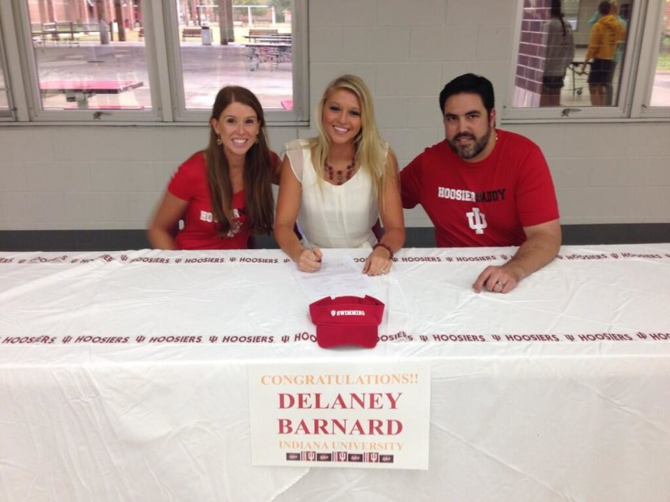 (NLI Photos) Barnard, Chamberlain Sign Letters to Swim for Indiana