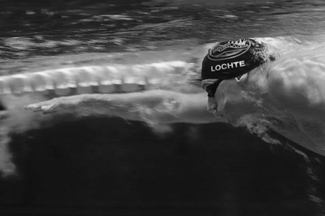 Ryan Lochte warming up in the main pool at the USA Swimming nationals  (photo: Mike Lewis, Ola Vista Photography)