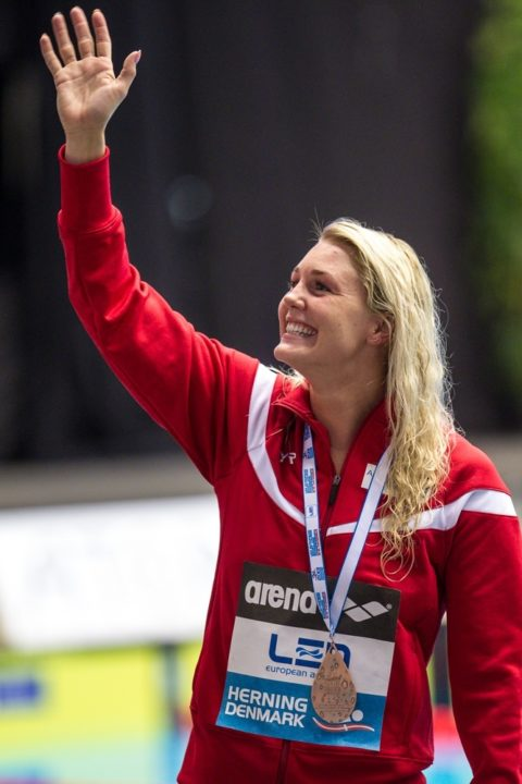 Jeanette Ottesen Ties Danish National Record in 50 Free; Breaks 50 Fly