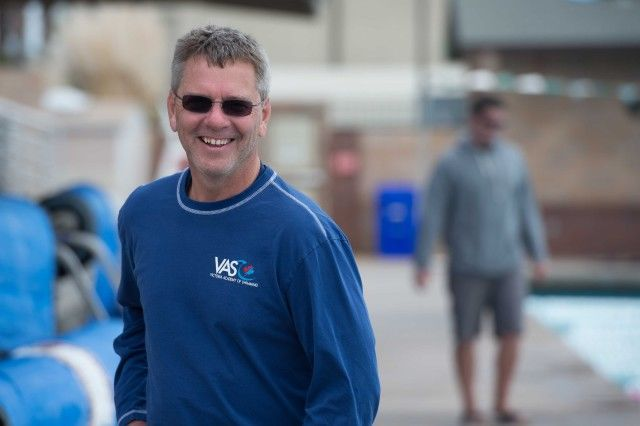 Head Coach Randy Bennett has his team focused, relaxed and ready (photo: Mike Lewis, Ola Vista Photography)