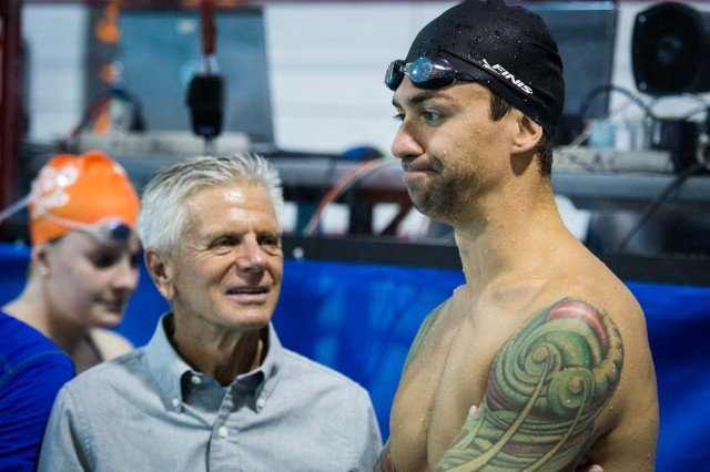 Anthony Ervin gets sage advice from Coach Jack Roach (photo: Mike Lewis, Ola Vista Photography)