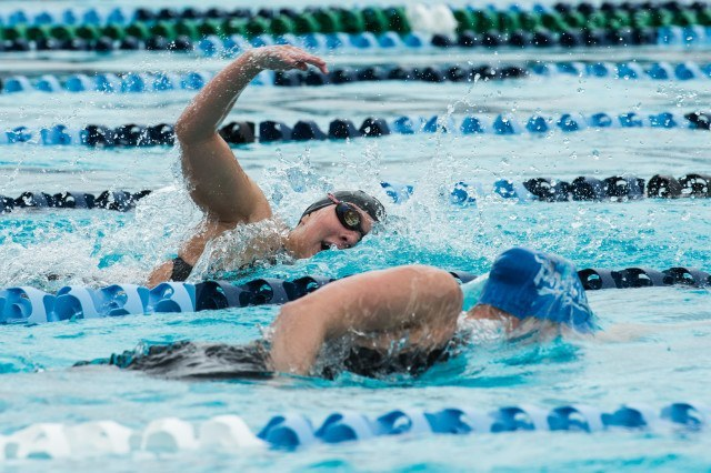 West Hills High School Nowaski in the 200 free (photo: Mike Lewis, Ola Vista Photography)