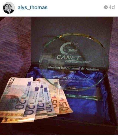 Alys Tweet_trophy