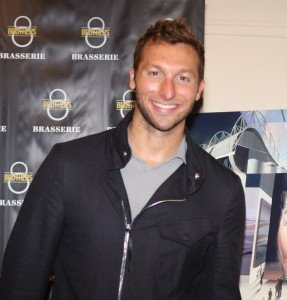 Epic Swims: Ian Thorpe Sets World Record in 200m Freestyle, Fukoka 2001