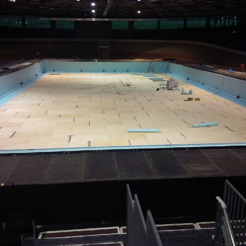 Transforming Swimming Pools : See images of transformation berlin velodrome from