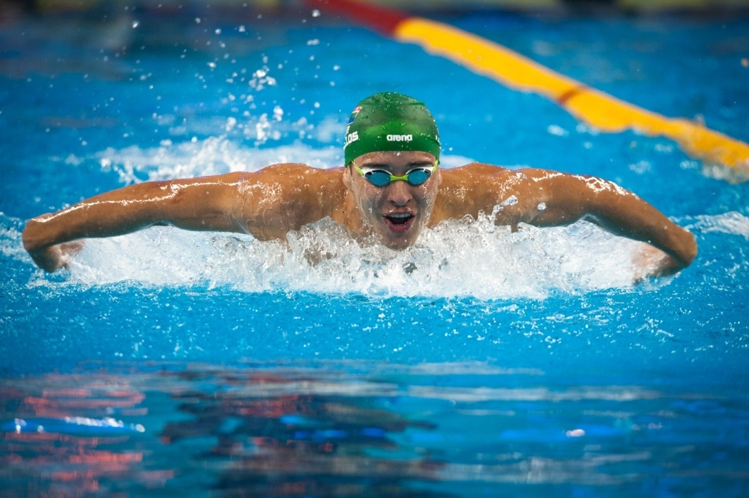 Le Clos Takes Top Seed in 100 Fly, Hosszu Qualifies for 4 Finals on Day 2 at Doha World Cup