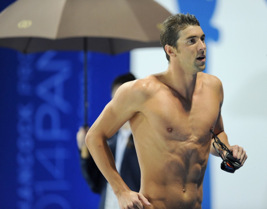 Michael Phelps Cranks Out 7th-Fastest 200y IM of All Time in Exhibition Race