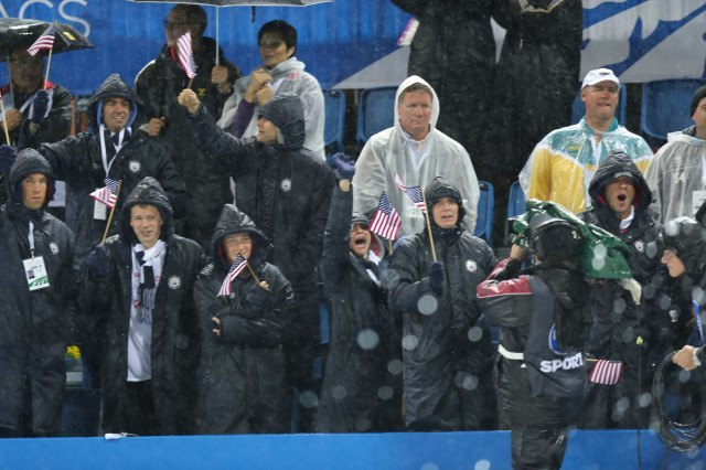 Team USA in the rain at the 2014 Pan Pacific Championships (courtesy of Paul Younan)