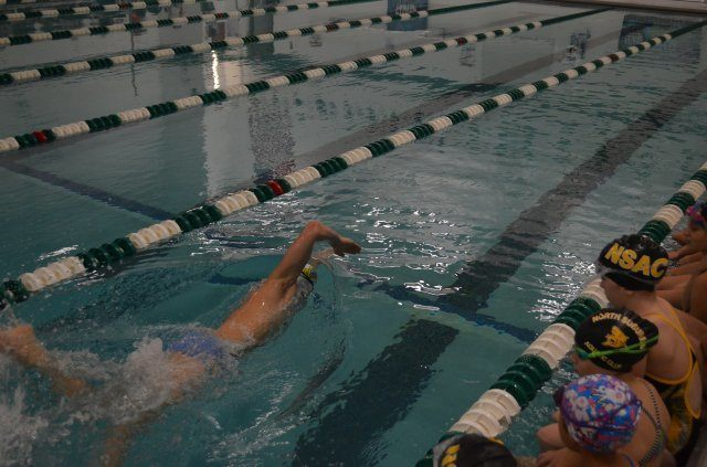 Shoreview, MN - Connor Jaeger demonstrating freestyle for swimmers