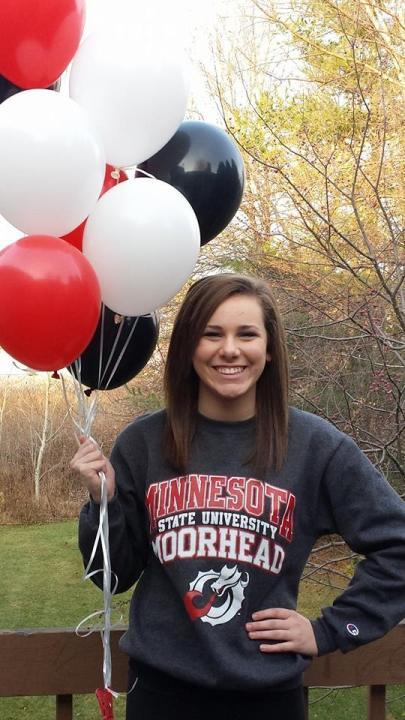Wisconsin's Erin Fons Commits to Minnesota State Moorhead