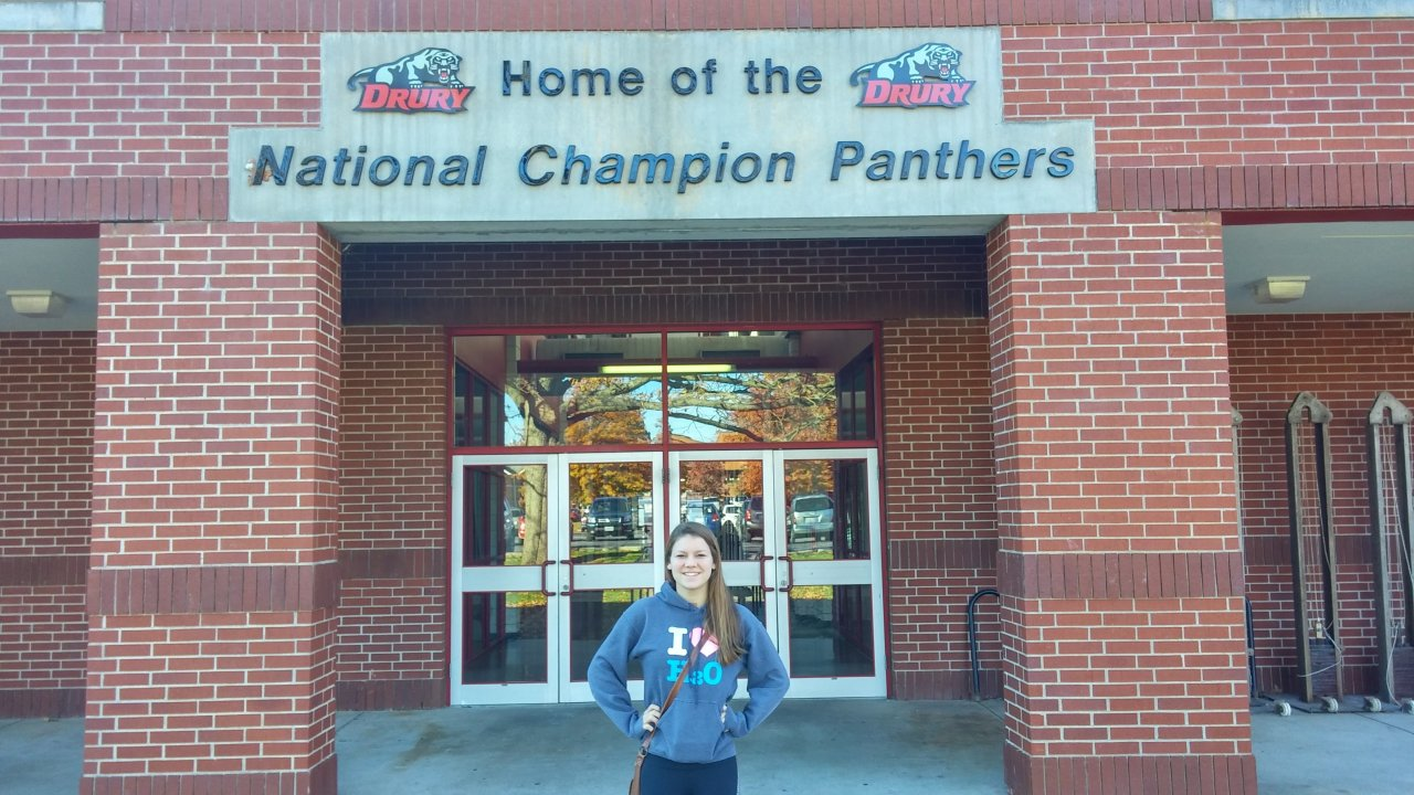 Abby Lunzmann Signs with Defending NCAA D2 Champs, Drury Panthers