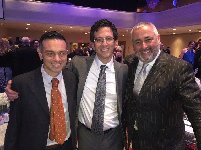 David Arluck (center) at the 2014 Golden Goggle Awards in New York City. Photographed with Cristiano Portas (right) CEO of Arena Group Worldwide and Giuseppe Musciacchio, Arena Group General Manager.