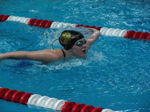 100 Yard Girl's Butterfly: Gracie Cunningham of Sarpy County Swim Club representing Team Midwestern (Courtesy: Aidan Cho)