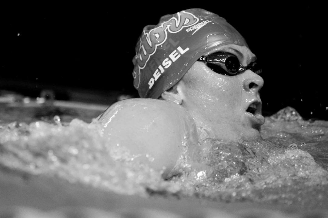 Points leader Elizabeth Beisel drops out of 200 free final at Austin Pro Swim Series