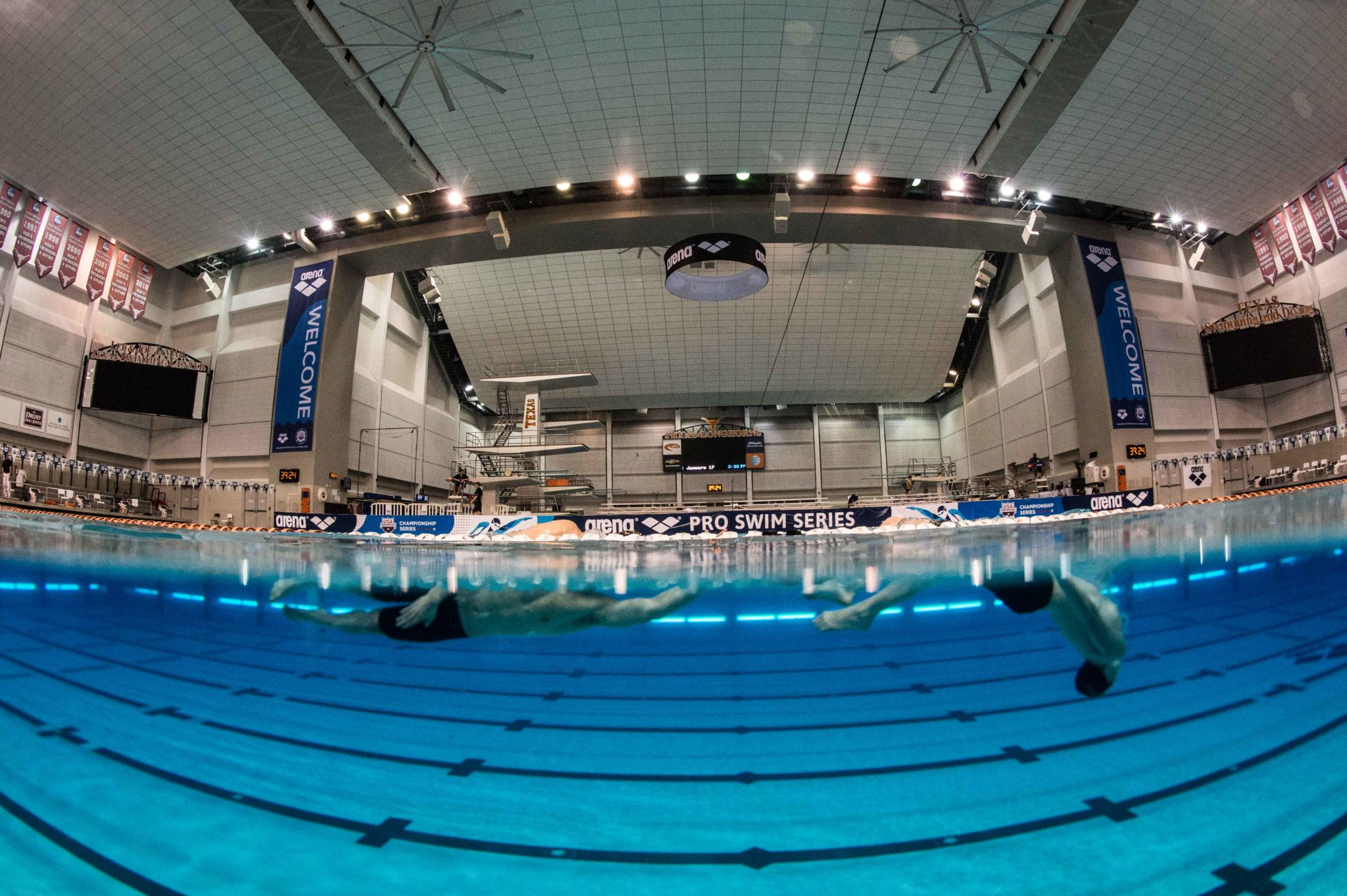 University of Texas to Build New Outdoor Pool Facility