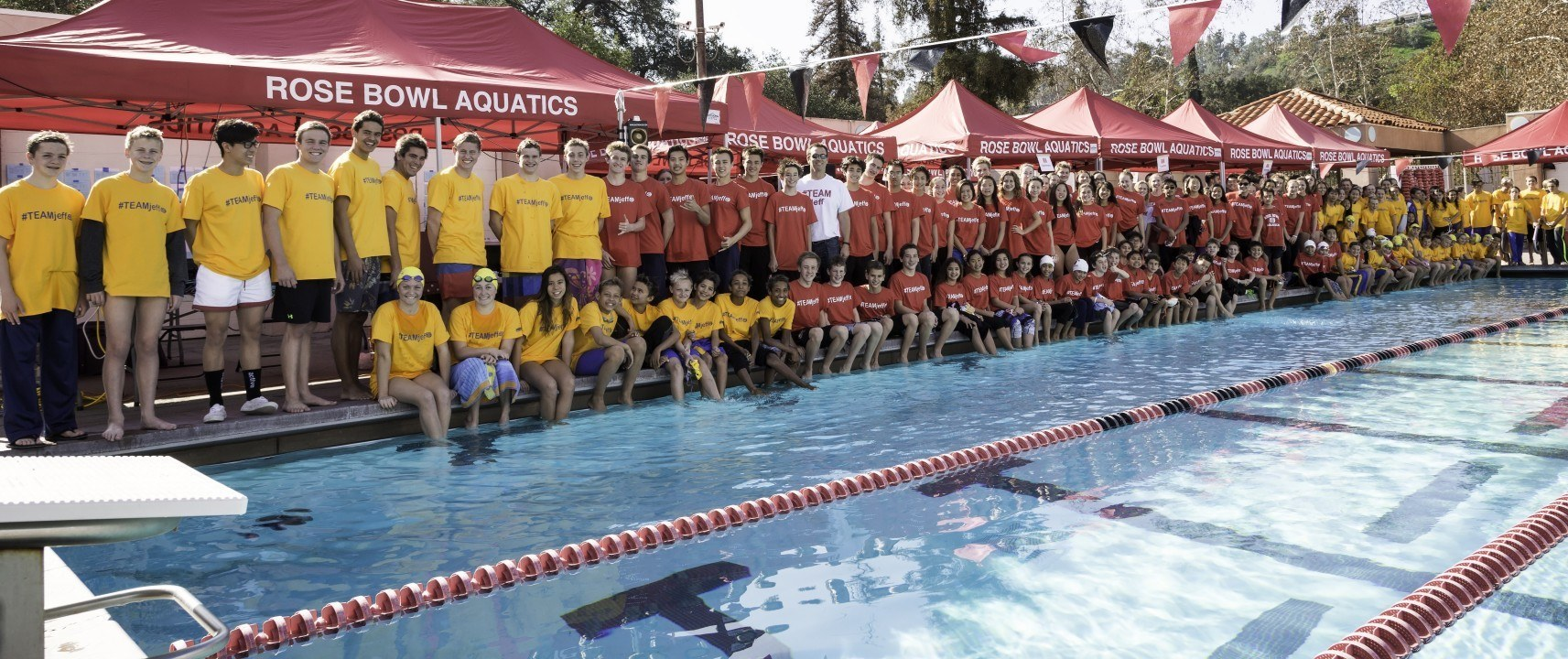 #TEAMJeff: Rose Bowl Aquatics rallies around coach with cancer, and you can too