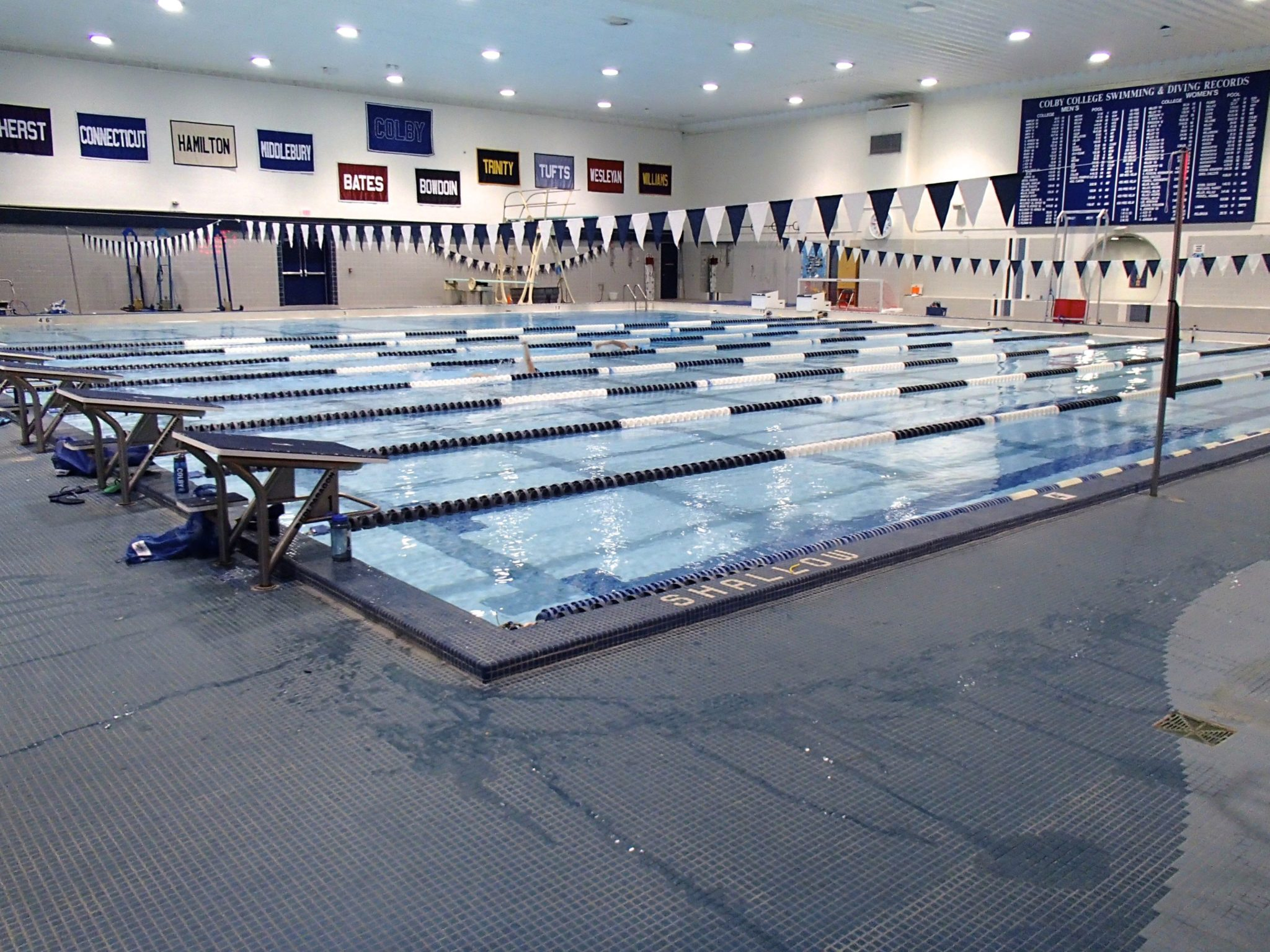 Colby college to build maine 39 s first olympic size swimming pool for Public swimming pools locations maine