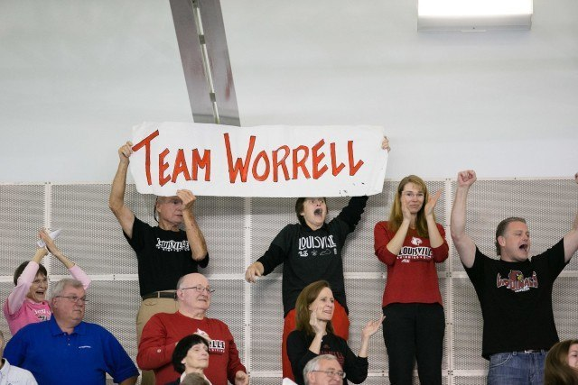 Kelsi Worrell fans - courtesy of Tim Binning, theswimpictures.com