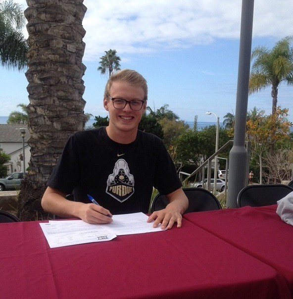 Boilermakers Will Add Irvine NovAquatics' Juliusson to Roster in 2015-16