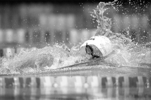 Connor Jaeger takes the 400 free (photo: Mike Lewis, Ola Vista Photography)