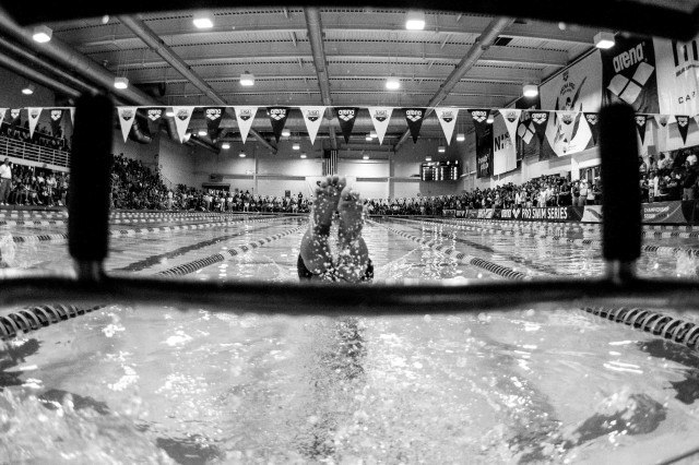 Junya Koga off in the backstroke (photo: Mike Lewis, Ola Vista Photography)