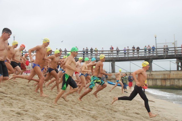 Start of 1-mile swim. Photo: Anne Lepesant