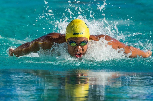 Justin Lynch in the final of the 100 fly  (photo: Mike Lewis, Ola Vista Photography)