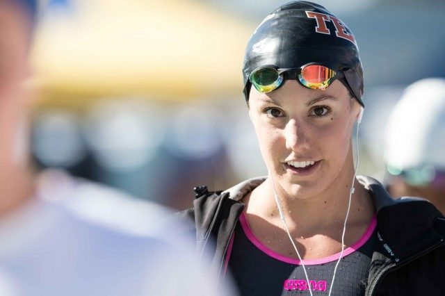 Laura Sogar in the 100 breaststroke in Santa Clara (photo: Mike Lewis, Ola Vista Photography)