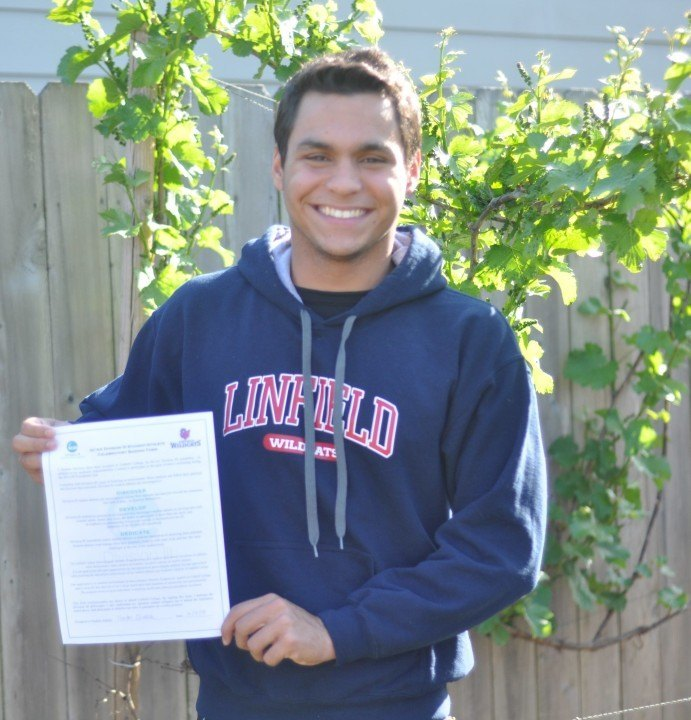 Junior National Qualifier Neirton Oliveira Commits to D3 Linfield College