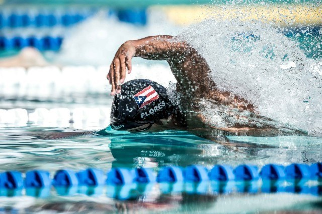 Luis Flores 50 free Santa Clara Pro Swim 2015 (photo: Mike Lewis, Ola Vista Photography)