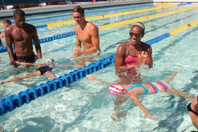 Tom Shields & Jamaican swimmer Alia Atkinson - promote learn to swim (courtesy of Rafael Domeyko, domeykophotography.com)