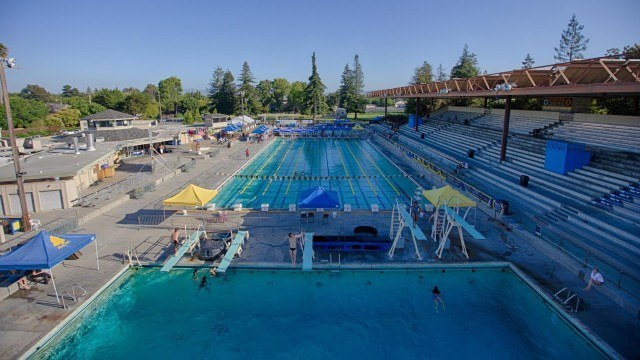 Santa Clara wakes up for the Arena Pro Swim Series (courtesy of Rafael Domeyko, domeykophotography.com)