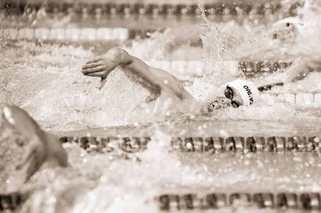 Connor Jaeger in the finals of the 400 free at at the 2015 FINA world championships Kazan Russia (photo: Mike Lewis, Ola Vista Photography)