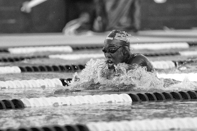 Reece Whitley breaks the 15-16 NAG record in 200m breaststroke (courtesy of Rafael Domeyko)