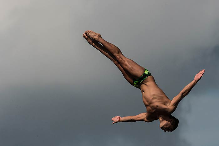 American Steven LoBue Wins Men's High Diving In Budapest
