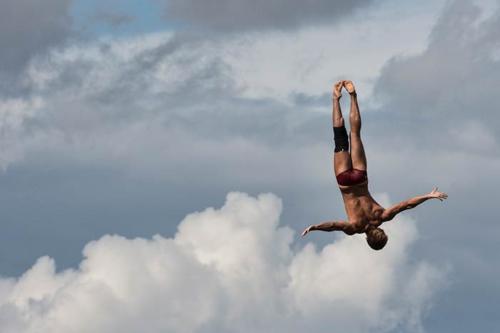 Hunt, Richard Win 3rd FINA High Diving World Cup (DIVING VIDEO)