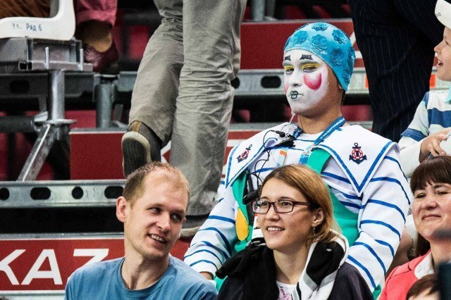 Clown fan at at the 2015 FINA world championships Kazan Russia (photo: Mike Lewis, Ola Vista Photography)
