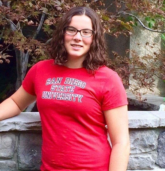 SDSU Freshman McKenna Meyer Wins USD Pool Pentathlon
